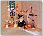 Calico Critters – Happy Halloween by INTERNATIONAL PLAYTHINGS LLC