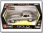 "BBurago Gold – Jaguar ""E"" Coupe Hard Top (1961) by TOY WONDERS INC."