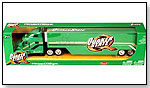 Jada Toys – Quaker State Road Rigz – Peterbilt 387 Tractor Trailer Truck by TOY WONDERS INC.
