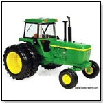 RC2 ERTL John Deere - 4630 Farm Tractor Dealer Edition 1:16 scale die-cast collectible model by TOY WONDERS INC.