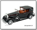 SIGNATURE MODELS - 1933 Cadillac Fleetwood Limousine 1:32 scale die-cast collectible model car by TOY WONDERS INC.