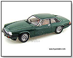 Yatming  - 1975 Jaguar XJS Hard Top 1:18 scale die-cast collectible model by TOY WONDERS INC.